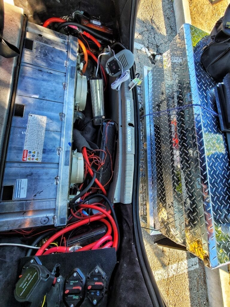 Toyota Prius with Two Dual 85AH batteries with Pure Sine Inverters Isolator