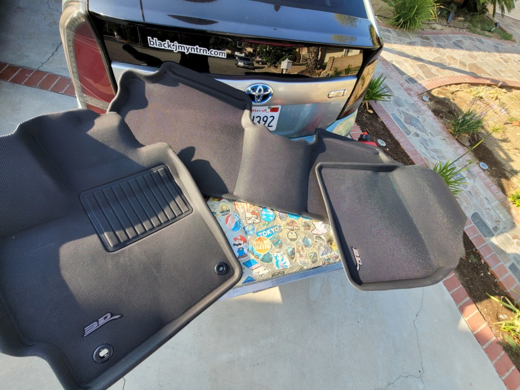 3D MAXpider All-Weather Floor Mats for Toyota Prius